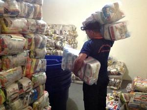 Alimentos serão doados a famílias no interior (Foto: Defesa Civil/Divulgação)