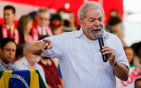 Lula discursa em Brasília (Foto: Sérgio Lima / ÈPOCA)