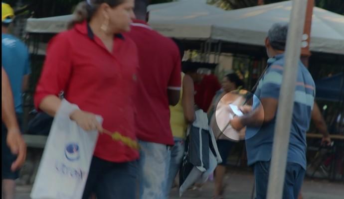 Cambistas ingressos River-PI x Botafogo-SP (Foto: GloboEsporte.com)
