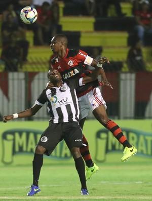 Juan Resende x Flamengo (Foto: Gilvan de Souza/Flamengo)