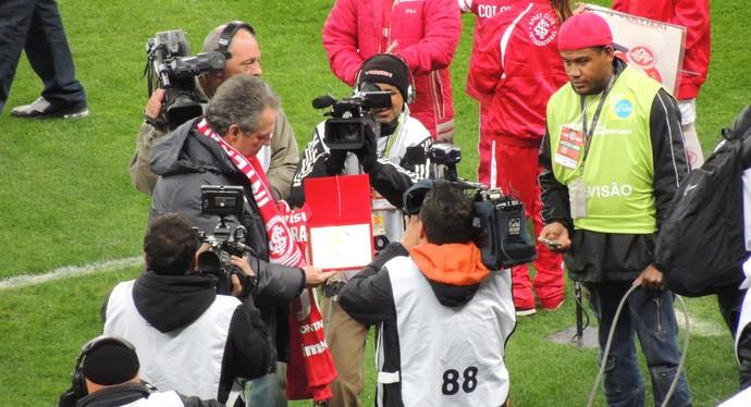 abel braga homenagem inter x bahia copa sul-americana (Foto: Tomás Hammes/GloboEsporte.com)