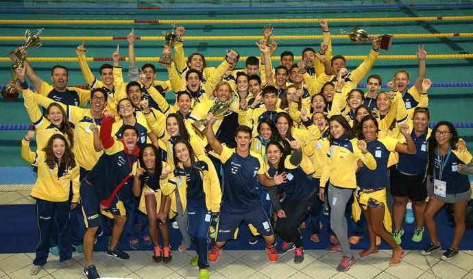 Brasil campeão sul-americano juvenil de natação (Foto: Satiro Sodré / SSPress)