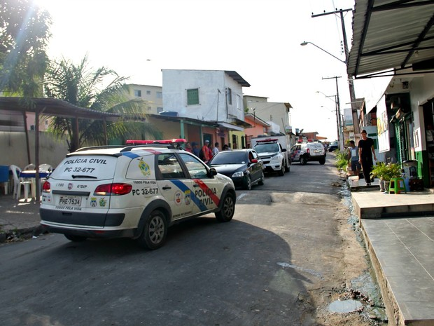 Crime ocorreu Rua A, no bairro Cidade Nova, Zona Norte da capital (Foto: Suelen Gonçalves/G1 AM)