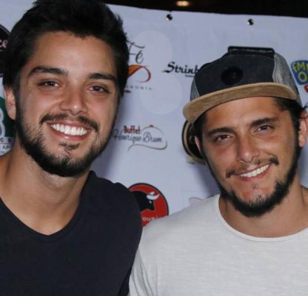 Rodrigo Simas e Bruno Gissoni (Foto: Daniel Pinheiro/AgNews)
