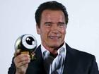 Schwarzenegger recebe prêmio em Festivalde Cinema de Zurique