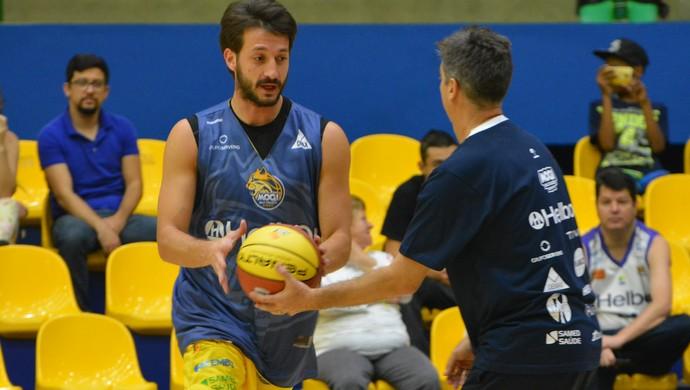 Elinho Mogi das CRuzes basquete (Foto: Vitor Geron)
