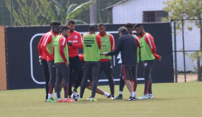 Argel treino do Inter (Foto: Tomás Hammes/GloboEsporte.com)