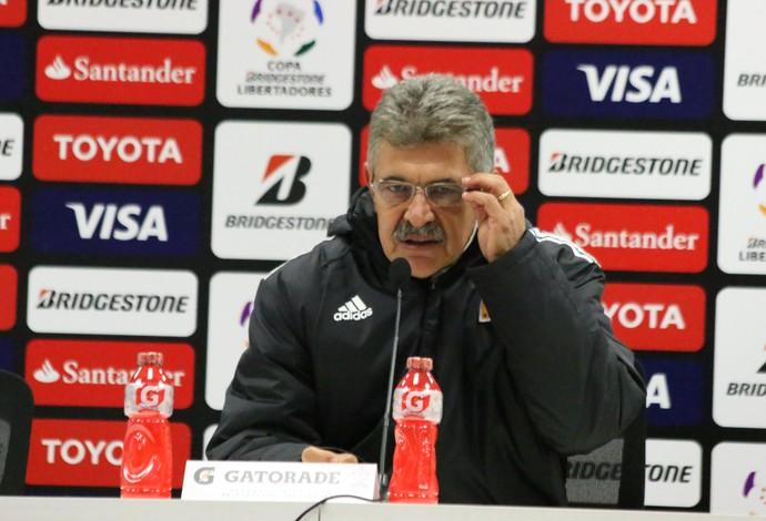 Tuca Ferreti, técnido do Tigres que é avesso a entrevistas (Foto: Diego Guichard)