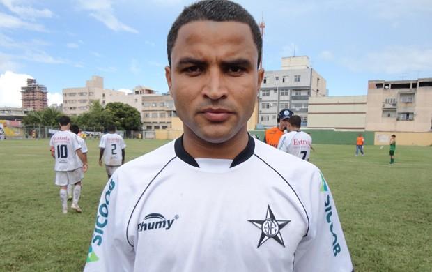 Ricardo Paraíba, atacante do Estrela do Norte (Foto: Richard Pinheiro)