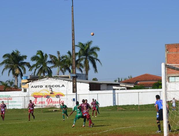 Amistoso Ituiutabana e Uberlândia (Foto: Canal UEC/Renato)