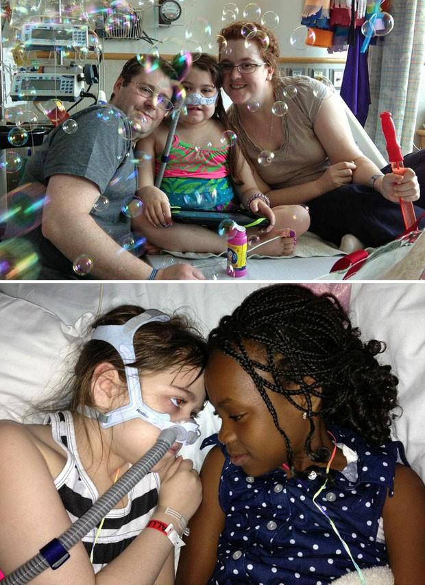 Sarah Murnaghan no hospital na Filadélfia. Na foto de baixo, a menina aparece com sua irmã adotiva, Ella (Foto: AP)