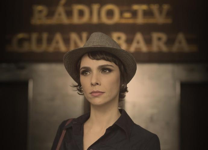 Verônica é a estrela da TV Guanabara (Foto: Globo/Estevam Avellar)