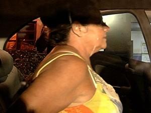 Vilma Martins é transferida de delegacia em Goiânia (Foto: Reprodução/TV Anhanguera)
