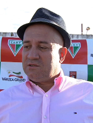 César Gaúcho, dirigente do CEOV Centro Esportivo Operário Várzeagrandense (Foto: Reprodução/TVCA)