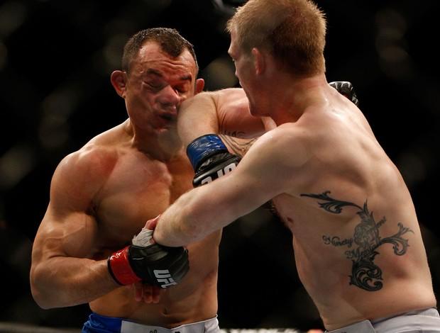 UFC 156 Gleison Tibau e Evan Dunham (Foto: Agência Getty Images)