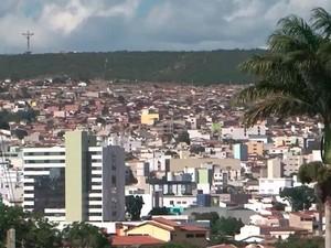 Vista aérea de Vitória da Conquista cidade que tem o janeiro mais seco dos últimos 80 anos (Foto: Imagem/TV Santa Cruz)