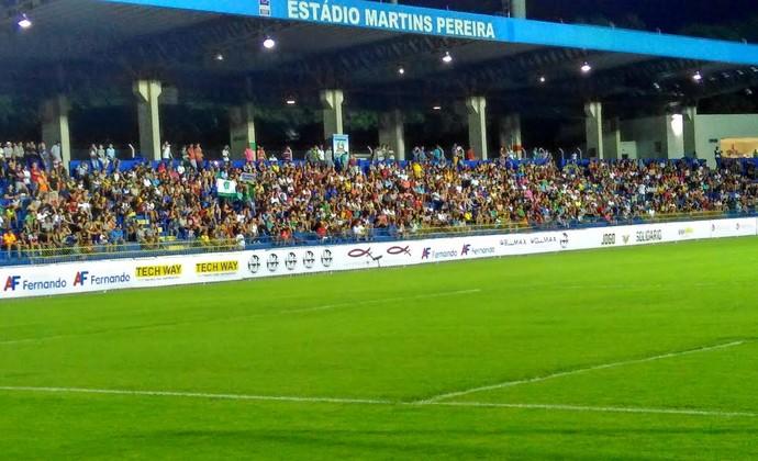 Jogo beneficente - Gabriel Medina x Douglas Costa em São José dos Campos (Foto: Filipe Rodrigues/GloboEsporte.com)
