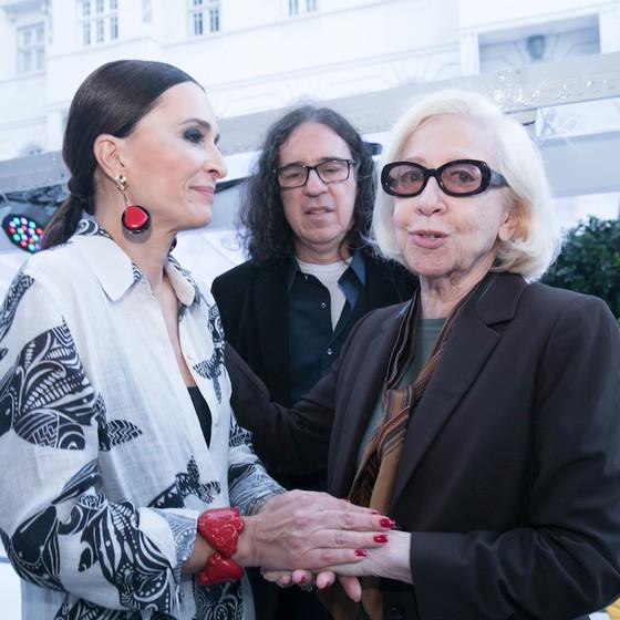 Andréa Natal, Geraldo Carneiro e Fernanda Montenegro se encontram na festa (Foto: Divulgação)