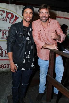 Pablo Morais e Marcelo Faria em festa na Zona Oeste do Rio (Foto: Anderson Borde/ Ag. News)