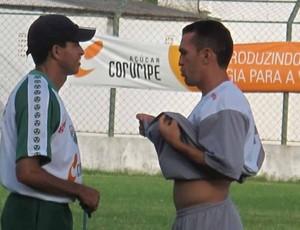 técnico do Coruripe, Edenílson Santos (Foto: Daniel Romeu/Globoesporte.com)