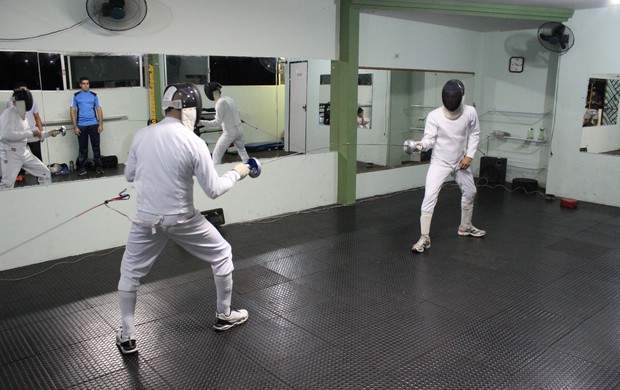 Praticantes de Esgrima (Foto: Wenner Tito/Globoesporte.com)