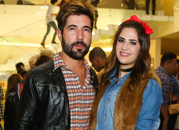 Sandro Pedroso e a mulher, Jéssica Beatriz (Foto: Manuela Scarpa/Brazil News)