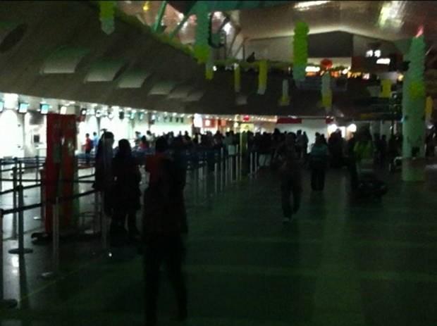 Saguão do Aeroporto Internacional de Belém ficou no escuro por uma hora. (Foto: Christian Emanoel/TV Liberal)