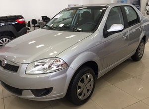 Fiat Siena  (Foto: Autoesporte)