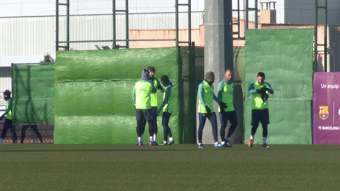 Treinamento do Barcelona (Foto: Ivan Raupp)