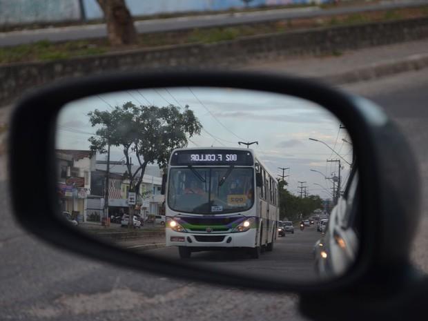 Sistemas modernos reduzem o volume de poluentes liberados pela frota (Foto: Anderson Barbosa/G1)