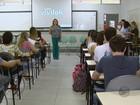 Estudantes têm a 1ª aula no curso de medicina da UEMG em Passos, MG