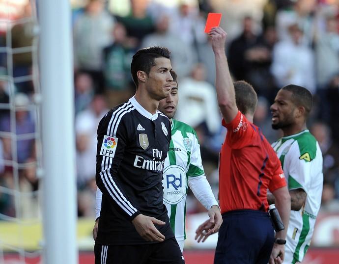 cristiano ronaldo agressão cordoba x real madrid   (Foto: AFP)