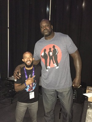 Demetrious Johnson e Shaquille O'Neal'