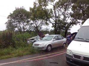 Acidente ocorreu entre Rondinha e Ronda Alta (RS) (Foto: Fábio Lehmen/RBS TV)