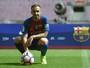 Alcácer chega ao Barça inspirado em Suárez e não se contenta com reserva