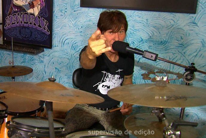 PA, o Paulo Antonio da banda RPM, mora em Araçariguama (Foto: Reprodução/TV TEM)