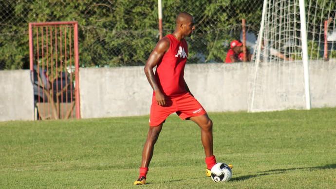 Maracás, zagueiro do América-RN (Foto: Canindé Pereira/Divulgação)