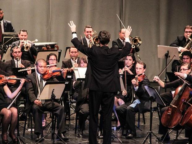 Orquestra Sinfônica leva ao palco do Cine Ópera 53 músicos (Foto: Divulgação/Fundação de Cultura)