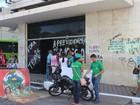 Manifestantes dormem em prédio do INSS e agência segue ocupada no PI