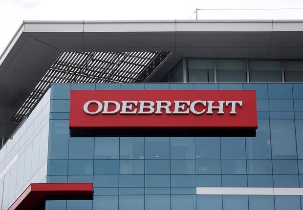 Logo da Odebrecht em Lima, capital do Peru (Foto: Janine Costa/Reuters)
