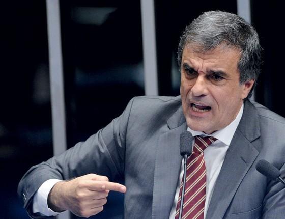 O advogado de defesa José Eduardo Cardozo na tribuna do Senado (Foto:  Edilson Rodrigues/Agência Senado)