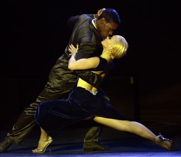 Mundial de tango é realizado em Buenos Aires. (Foto: Daniel Garcia/AFP)