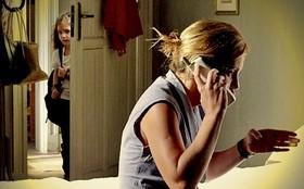 Rita descobre plano de Carminha para roubar Genésio