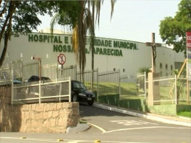 Mulher deu à luz dentro de banheiro do hospital de Itupeva (Foto: Arquivo/TV TEM)