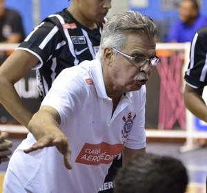 Antônio Carlos Vendramini Treinador Basquete Corinthians/Americana (Foto: Biaman Prado / LBF )