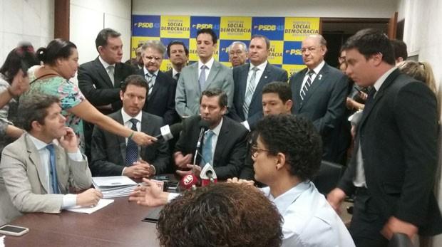 Deputados do PSDB divulgam nota em que pedem saída de Eduardo Cunha da presidência da Câmara (Foto: Fernanda Calgaro/ G1)