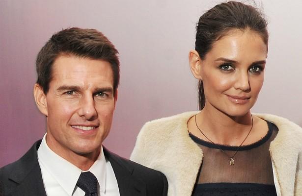 O contrato do casamento de Katie Holmes e Tom Cruise, em 2006, era cheio de detalhes. Em caso de divórcio, ela deveria receber 3 milhões de dólares por cada ano ao lado do ator, até um máximo de 33 milhões. Porque, caso a união durasse mais de 11 anos, a atriz teria direito a metade da fortuna do ator, calculada em 250 milhões de dólares. Porém os dois se separaram bem antes disso e o divórcio saiu em 2012 — o que significa que ela levou para casa no máximo 18 milhões de dólares. (Foto: Getty Images)