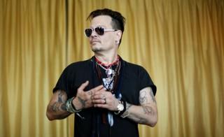 Johnny Depp em um evento de caridade em Lisboa nesta sexta-feira, 27 (Foto: REUTERS/Rafael Marchante)