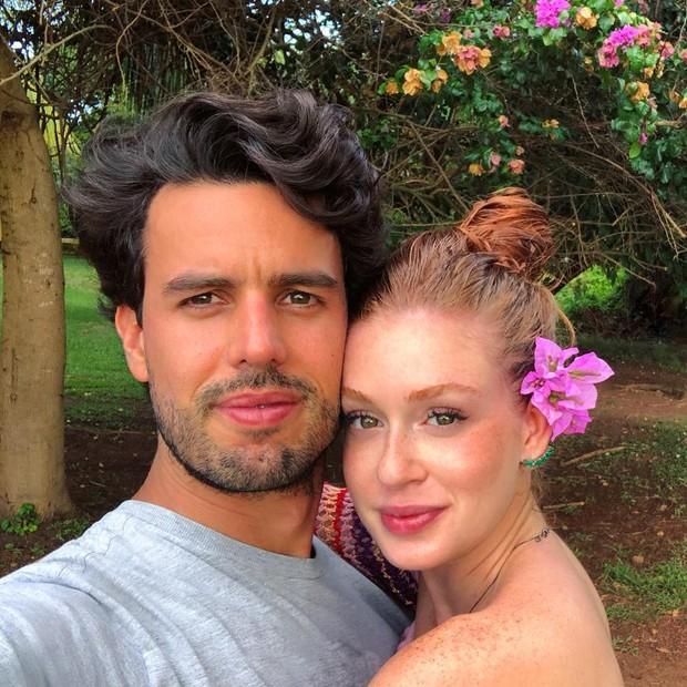 Longe da folia, Marina Ruy Barbosa e Alexandre Negrão curtem viagem romântica (Foto: Reprodução/Instagram)