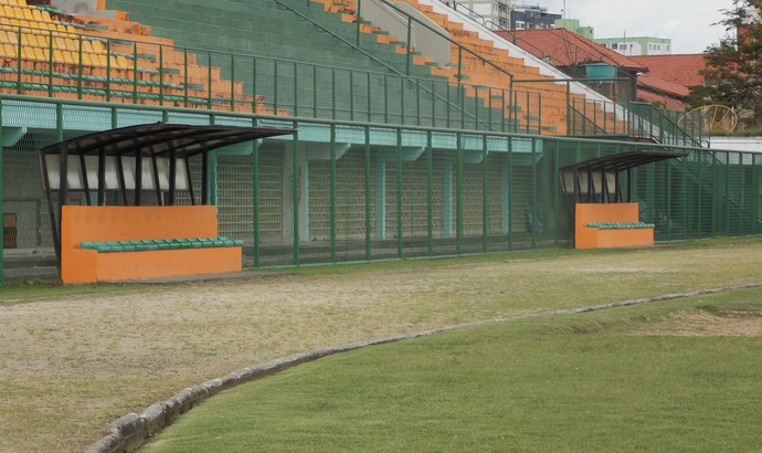Estádio do Trabalhador, em Resende, no RJ (Foto: Ana Cláudia Gonçalves/GLOBOESPORTE.COM)